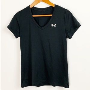 Under Armour Black V-Neck Tee Size Medium